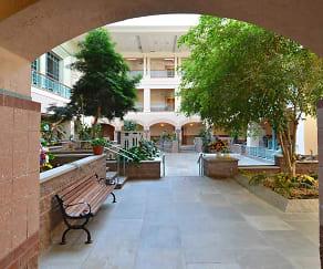 Courtyard, The Landmark