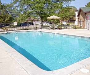 Pool, Delta Square Apartments