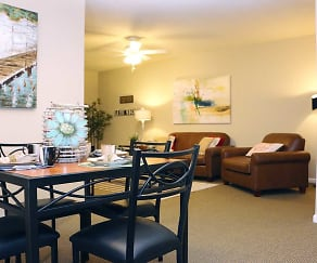 Dining Room, Campus Creek Apartments