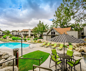 Pool, Boulder Creek Apartments