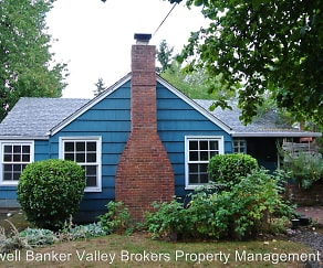735 NW 29th St, Corvallis, OR