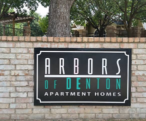 Community Signage, Arbors of Denton