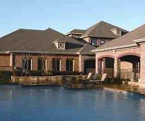 Pool, Oaks Riverchase