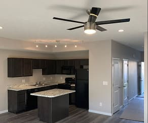 Kitchen, Apple Valley Townhomes