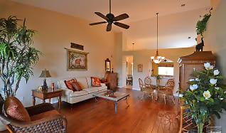 Living Room, 5923 Sand Wedge Ln