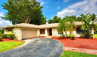 162 NW 84th Way, Tamarac, FL