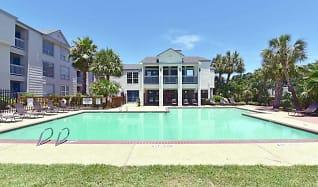 Pool, Island Bay Resort