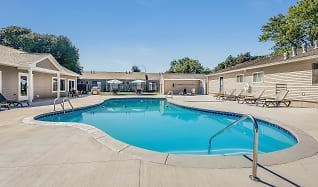 Pool, Timberwood Crossing Apartments