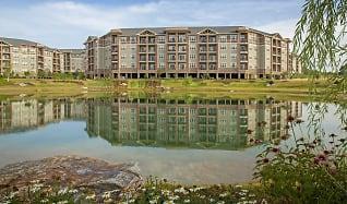 Lake, LangTree Lake Norman Apartments