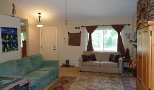 Living Room, 9475 Sohap Ln