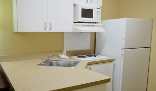 Kitchen, Furnished Studio - Sacramento - Arden Way