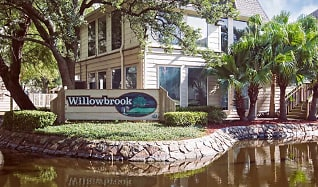 Community Signage, Willowbrook Apartments