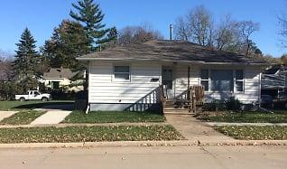 IMG_3035.JPG, 2116 Iowa St.