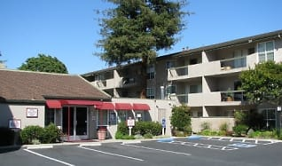 Building, Redwood Plaza Apartments