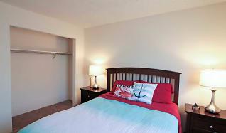 Bedroom, Riverwalk Apartments