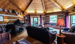 Living Room, 1414 Robert Miller Lane