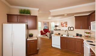 Kitchen, Villas on Hampton Avenue