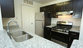 Kitchen, Willow Ridge Apartments-UNDER NEW MANAGEMENT