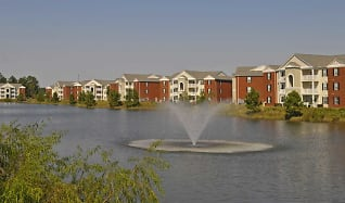 Lake, Woodlake Apartments