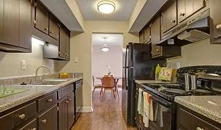 Kitchen, Hampton Chase Apartments