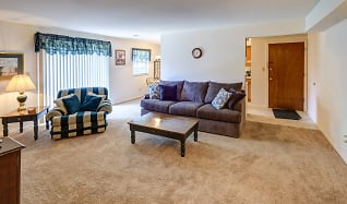 Living Room, Colonial Crest Apartments