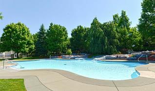Pool, The Pointe At Adams Ridge