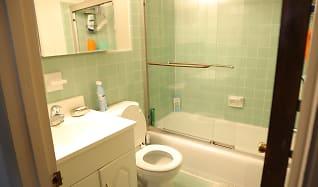 Bathroom, 262 S Alder St