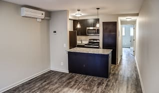 Astounding The Highlands Apartments For Rent 135 Apartments Download Free Architecture Designs Scobabritishbridgeorg