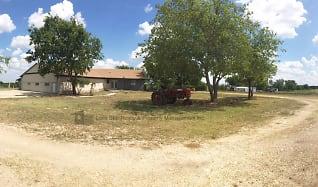 552 Lawson Ln, Evant, TX