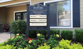Leasing Office, Royal Oaks