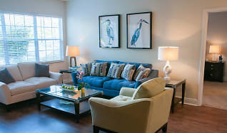 Living Room, The Upton Apartment Homes