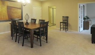 Dining Room, Harbour East Apartments