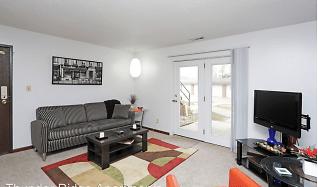 Living Room, Thunder Ridge Apartments