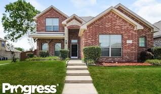 127 Brook Hollow Lane, Red Oak, TX