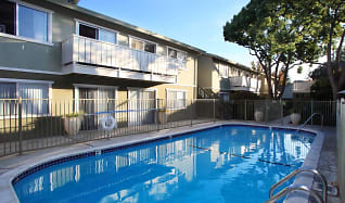 Pool, Pacific Terrace West Apartments