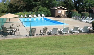 Pool, Little Acres Townhomes & Apartments