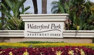 Landscaping, Waterford Park Apartment Homes