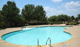 Pool, Sycamore Center Villas