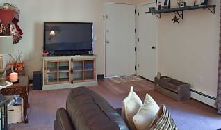 Living Room, Orchard Park Apartments