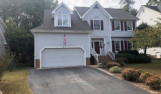 15023 Manor Gate Ct, Jetersville, VA