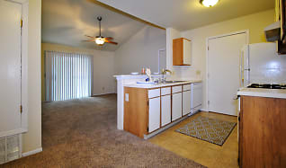 Kitchen, Willow Creek Apartments & Townhomes