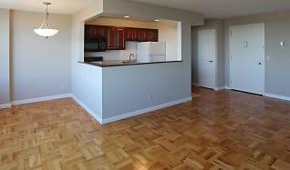 Living Room, 1600 East Avenue Apartments
