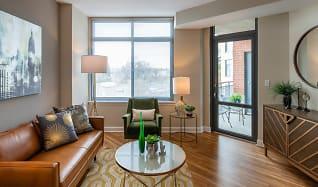 Living Room, Curve 6100