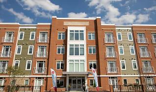 Building, Windsor Station Apartments