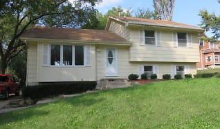 307 Porter Ave, Martensdale, IA