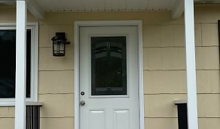 Front Porch Close up.jpg, 229 Wave Road