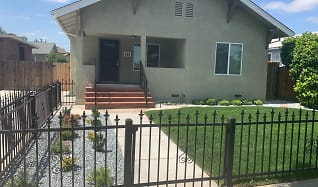 Rent Apartments In Los Banos, CA With Extra Storage