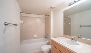 Bathroom, 6752 Heritage Grande 5201