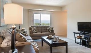 Living Room, Grampian Hills Manor Apartments