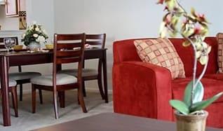 Dining Room, Yorktowne Pointe